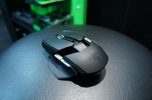 Giới thiệu chuột biến hình Razer Ouroboros gaming mouse